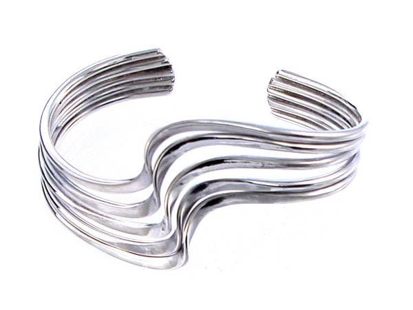 Modern Bangles and Bracelets in 925 Sterling Silver
